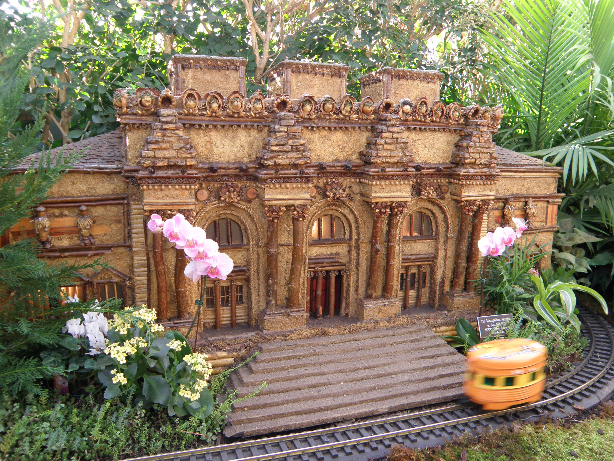 Merveilleux Holiday Train Show NY Botanical Gardens
