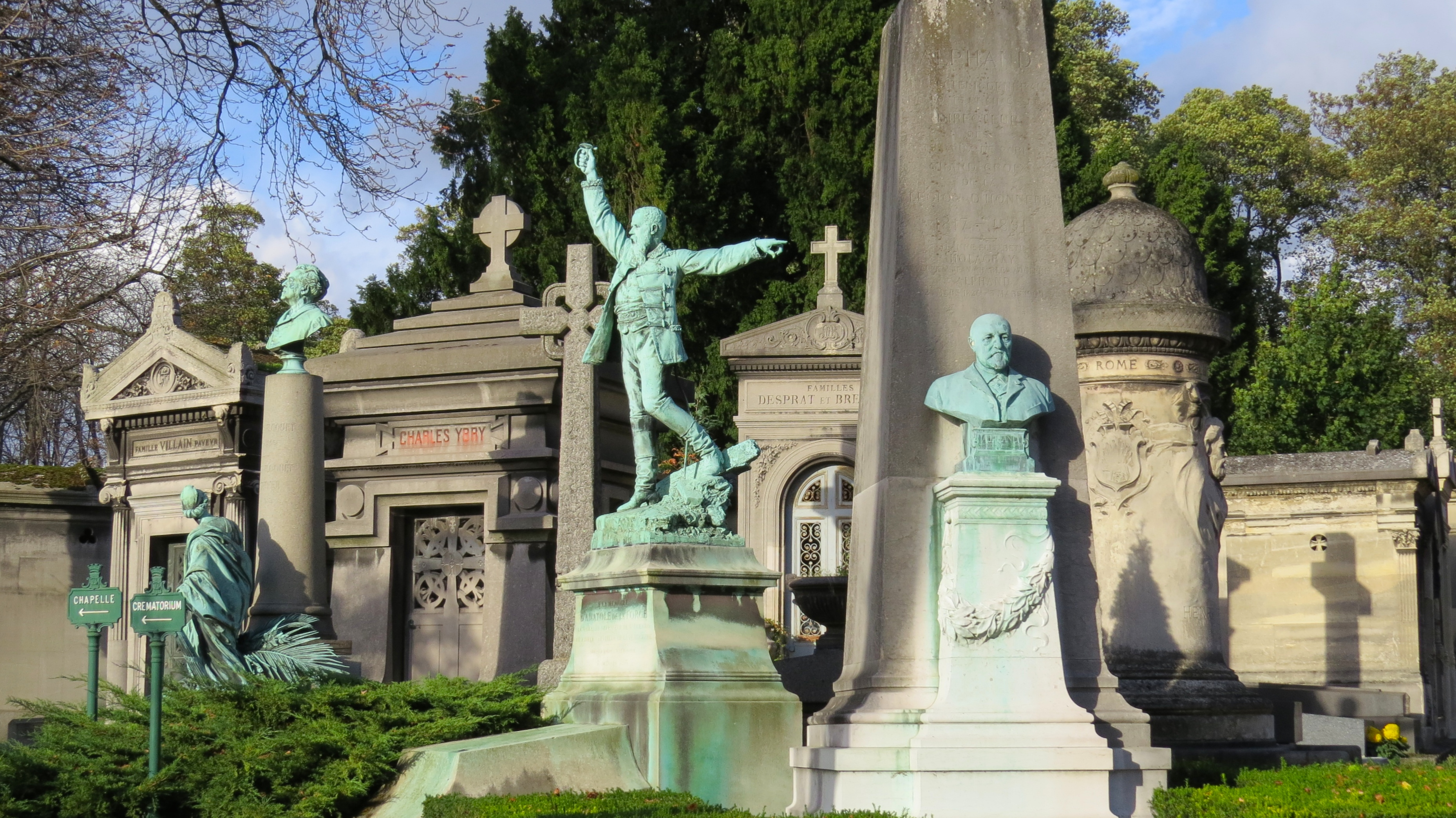 green statues