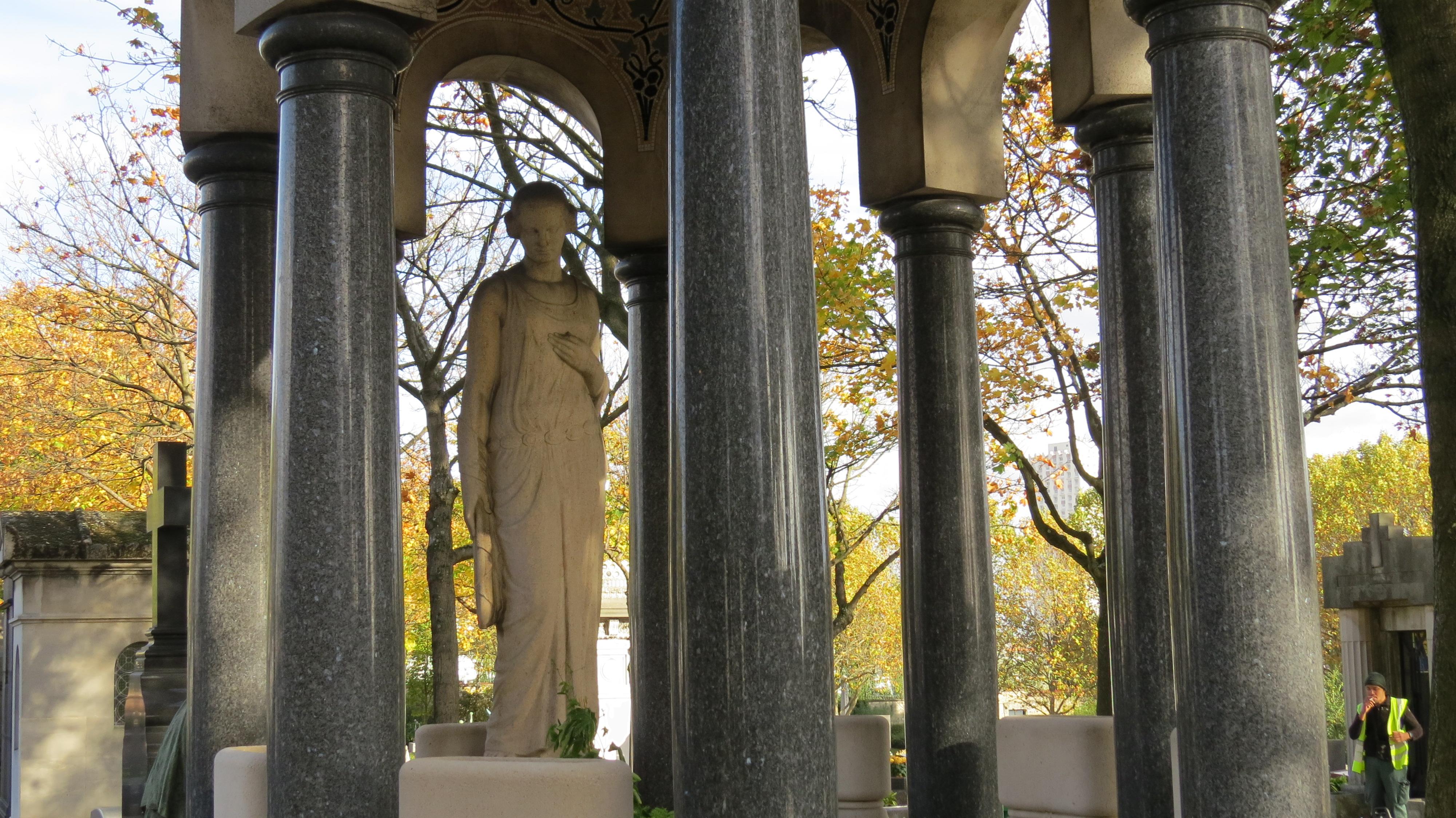 pergola style grave